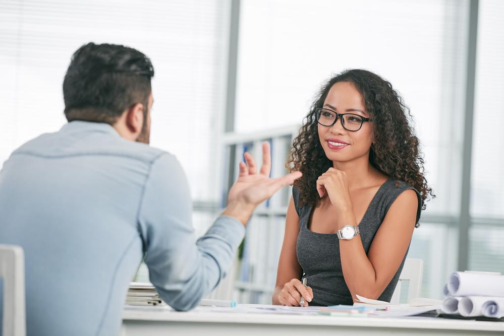 Você sabe como oferecer o melhor atendimento? Quer saber? Então continue a leitura e veja algumas dicas para conquistar seus clientes e fazer deles seus melhores aliados na divulgação dos seus produtos e serviços. Confira!